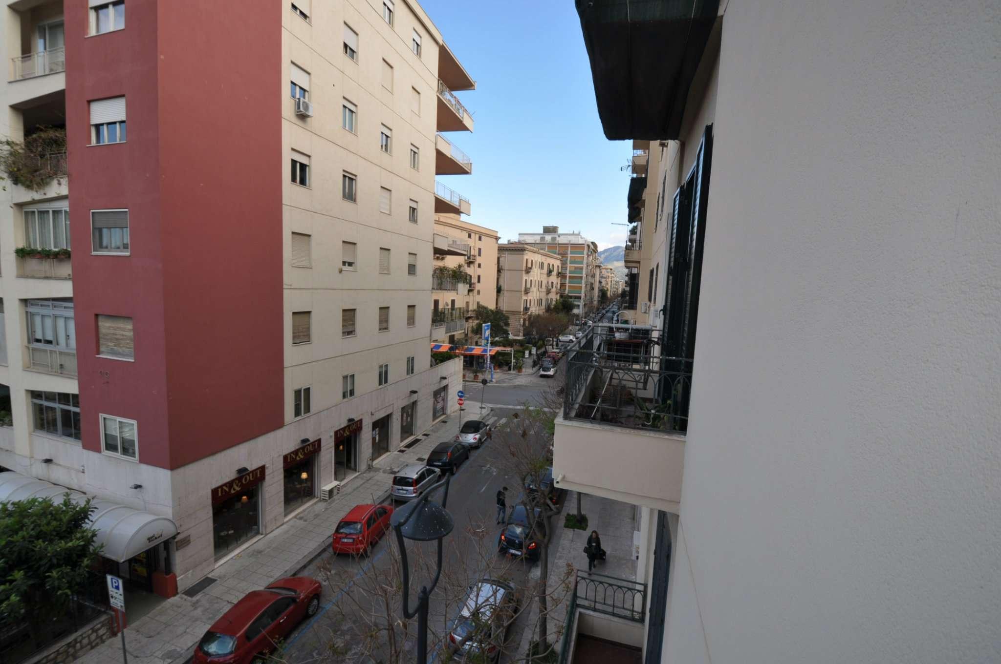 Appartamento in Vendita a Palermo: 5 locali, 1 mq