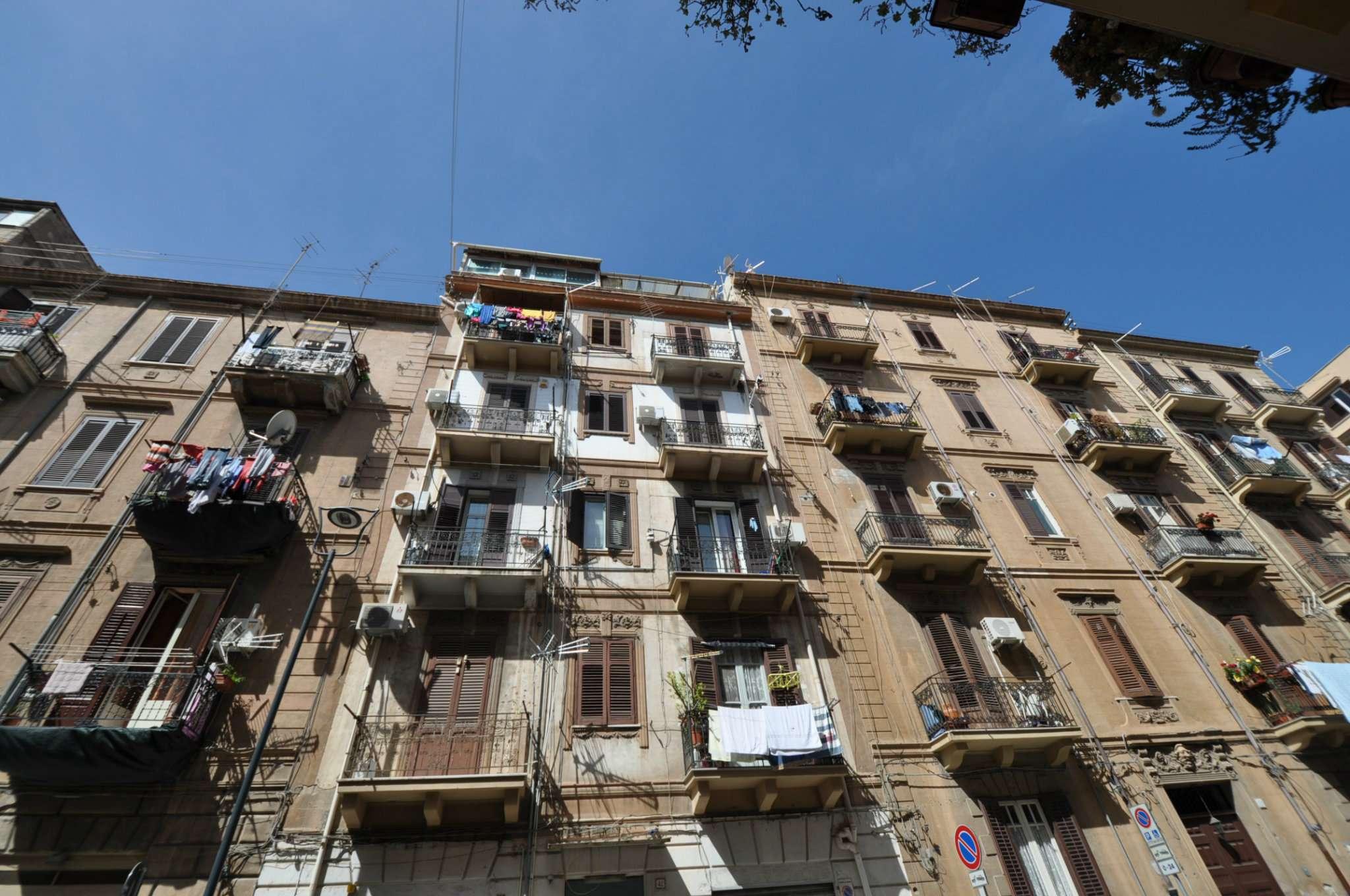 Appartamento in affitto a palermo via filippo basile for Affitto arredato palermo