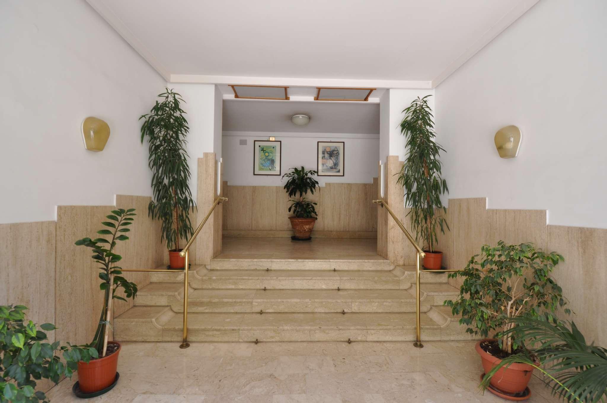 Appartamento in Affitto a Palermo: 4 locali, 100 mq
