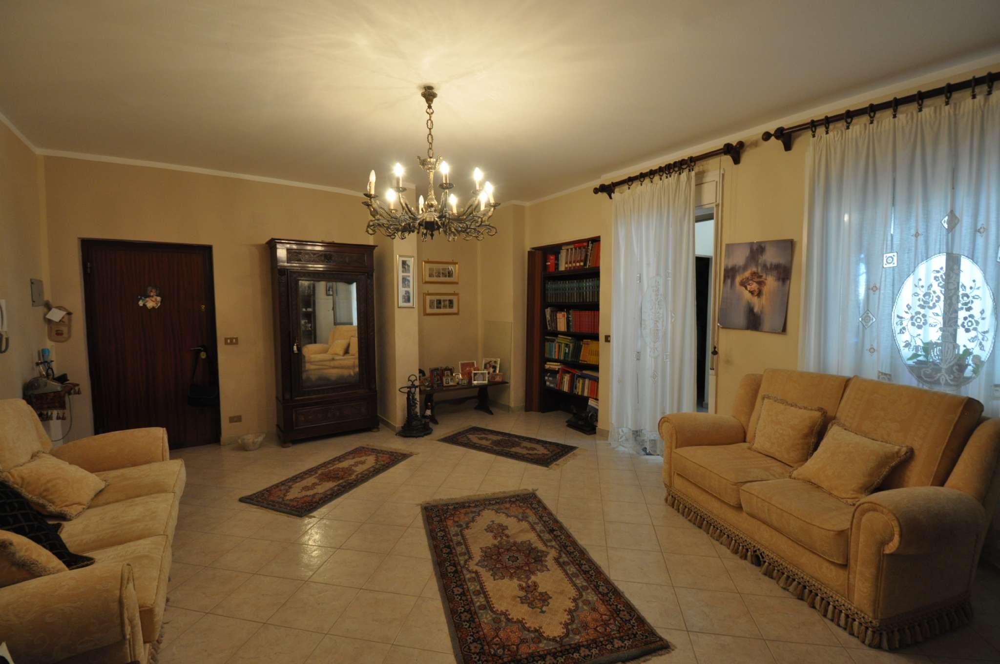 Appartamento in affitto a palermo via alcide de gasperi for Affitto appartamento arredato palermo