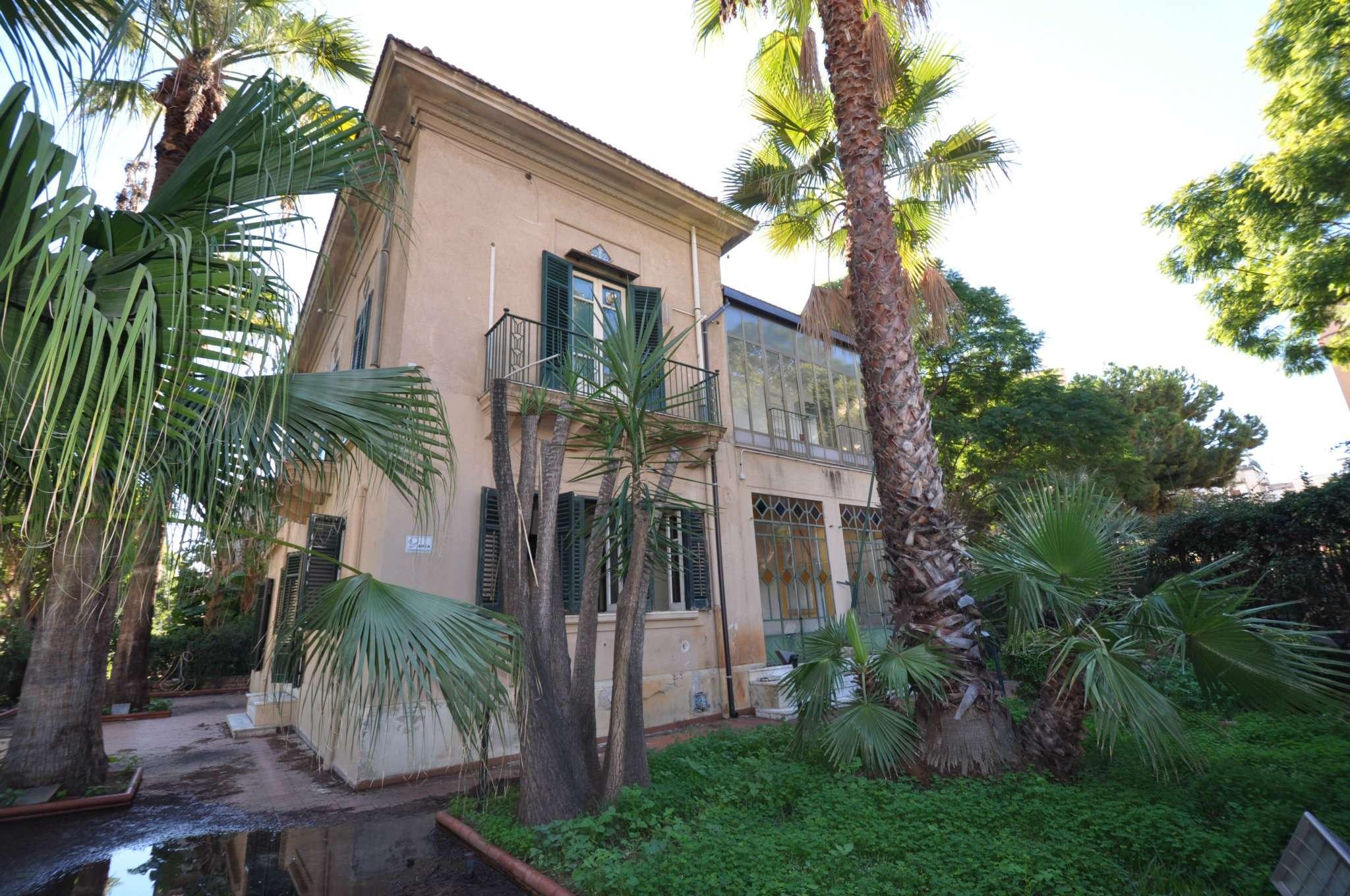 Villa in Affitto a Palermo: 450 mq