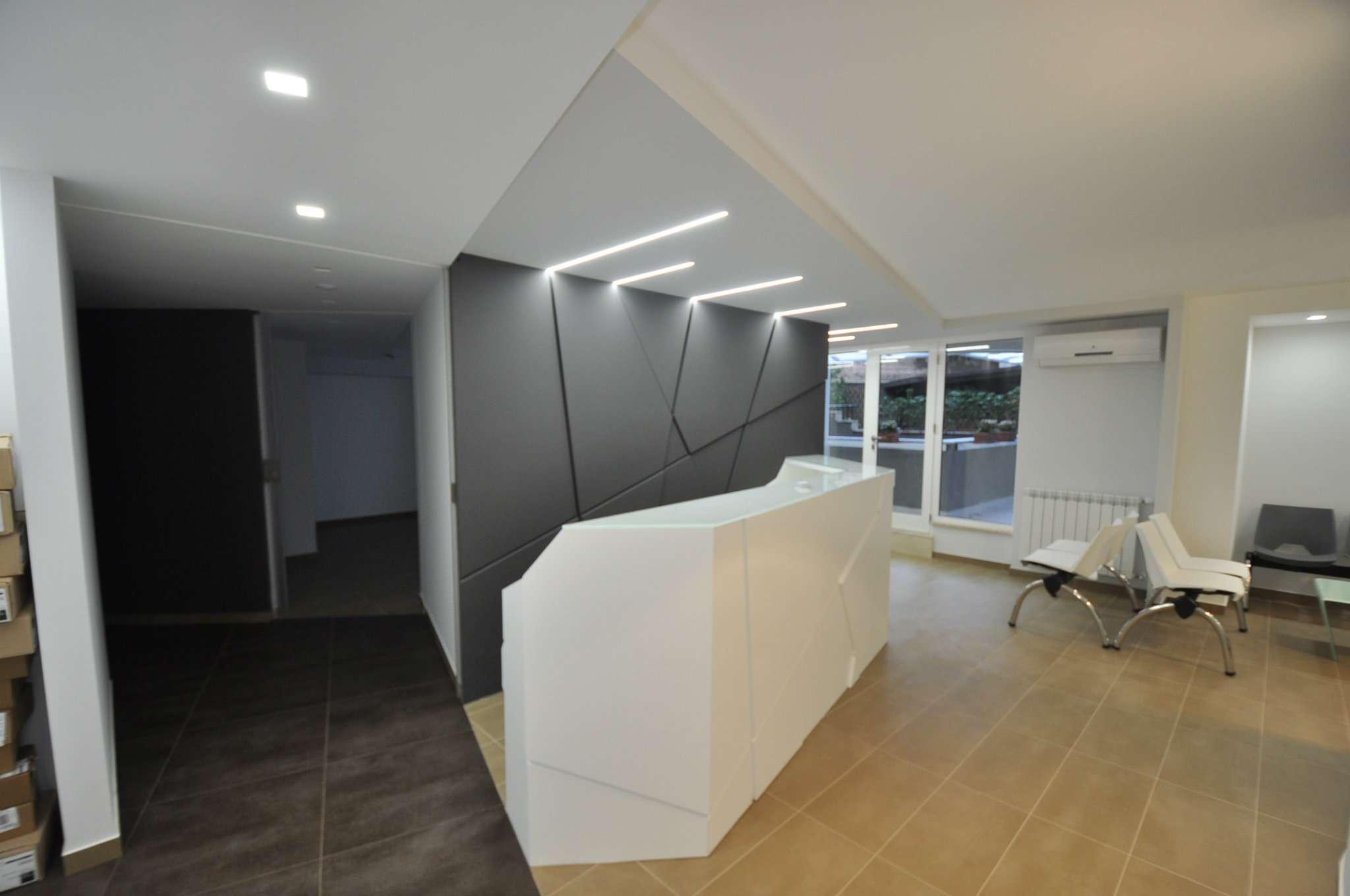 Ufficio-studio in Vendita a Palermo: 5 locali, 180 mq
