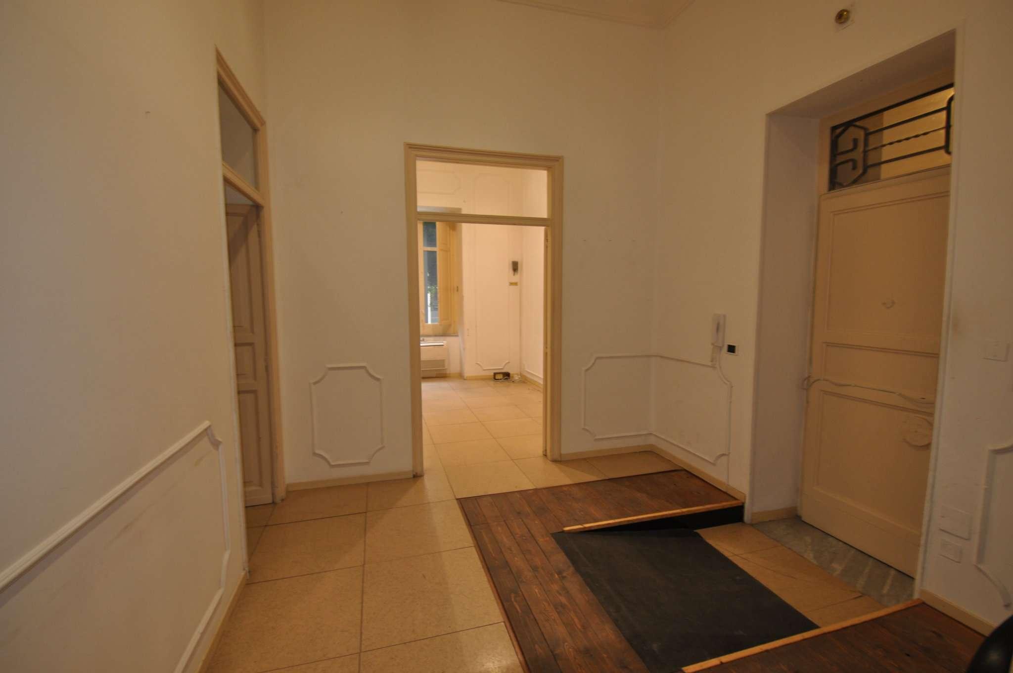 Ufficio-studio in Affitto a Palermo: 5 locali, 138 mq