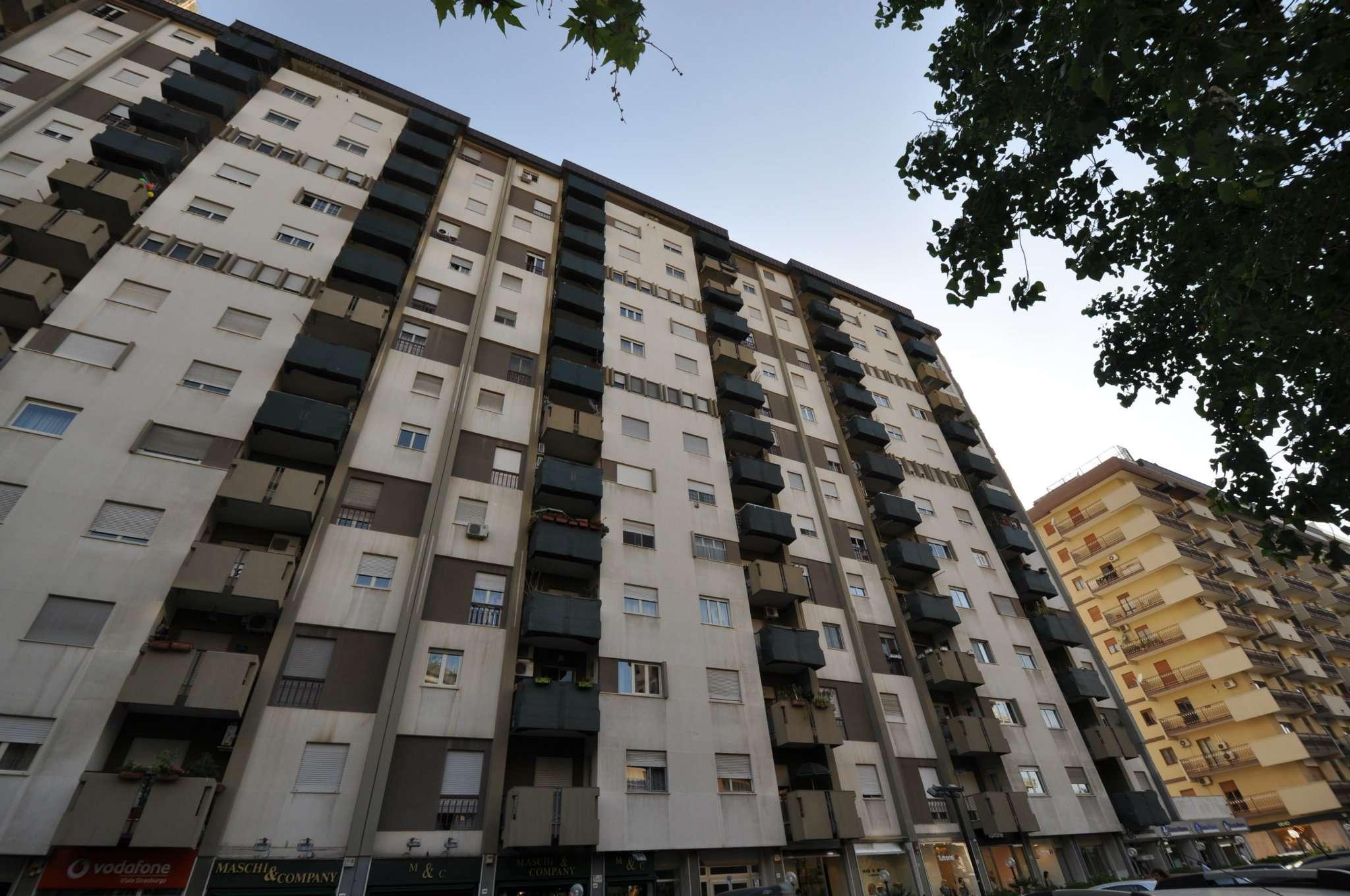 Appartamento in Affitto a Palermo:  4 locali, 110 mq  - Foto 1