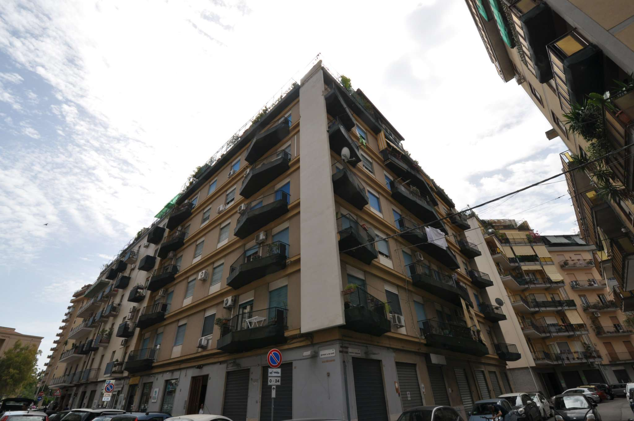 Appartamento in Vendita a Palermo:  4 locali, 100 mq  - Foto 1