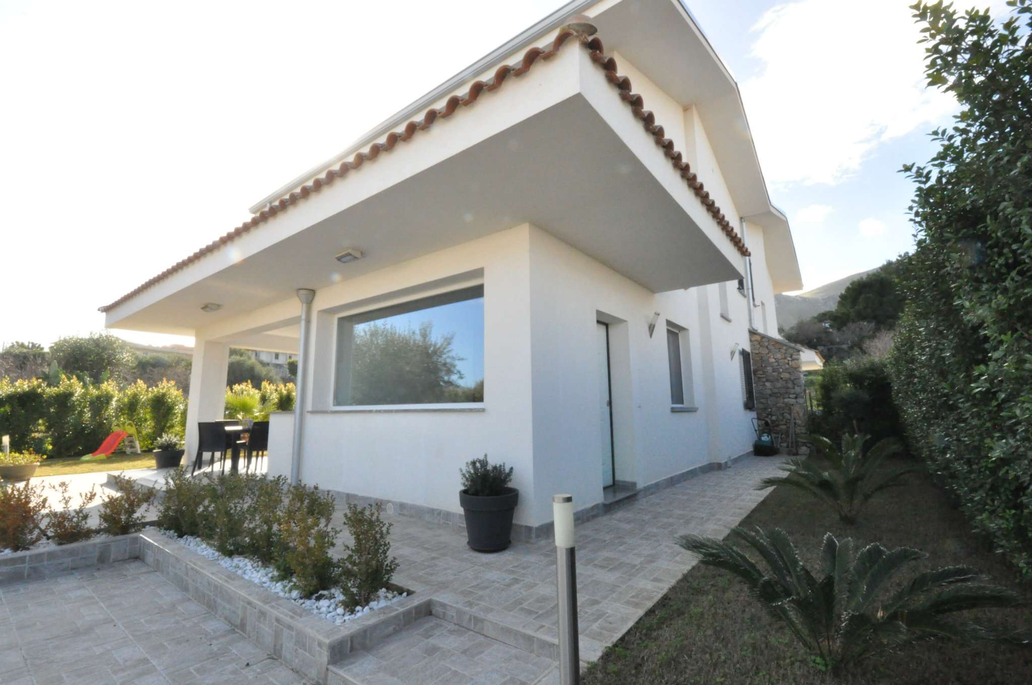 Villa in Vendita a Carini: 5 locali, 128 mq