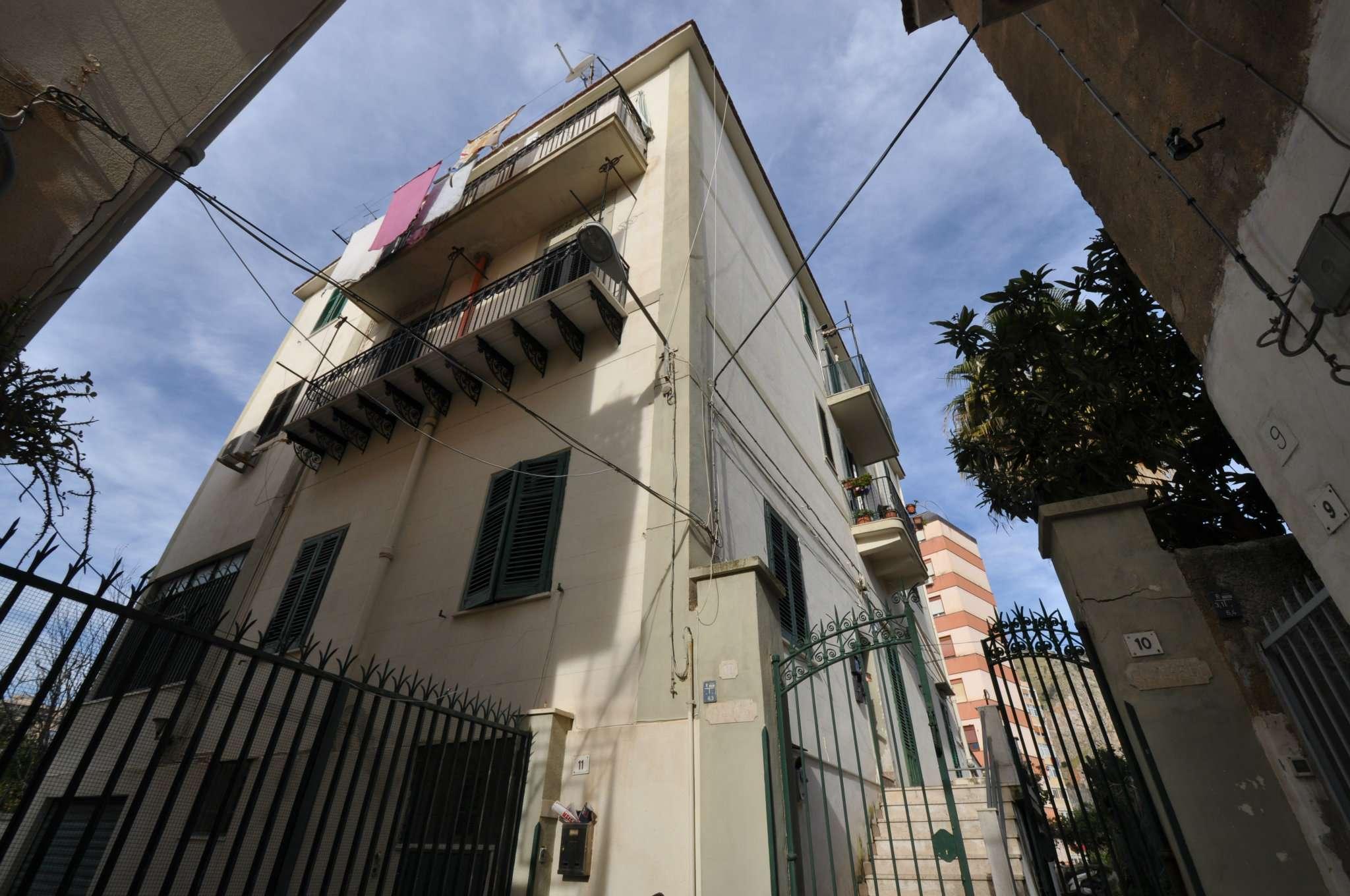 Appartamento in Affitto a Palermo: 3 locali, 75 mq
