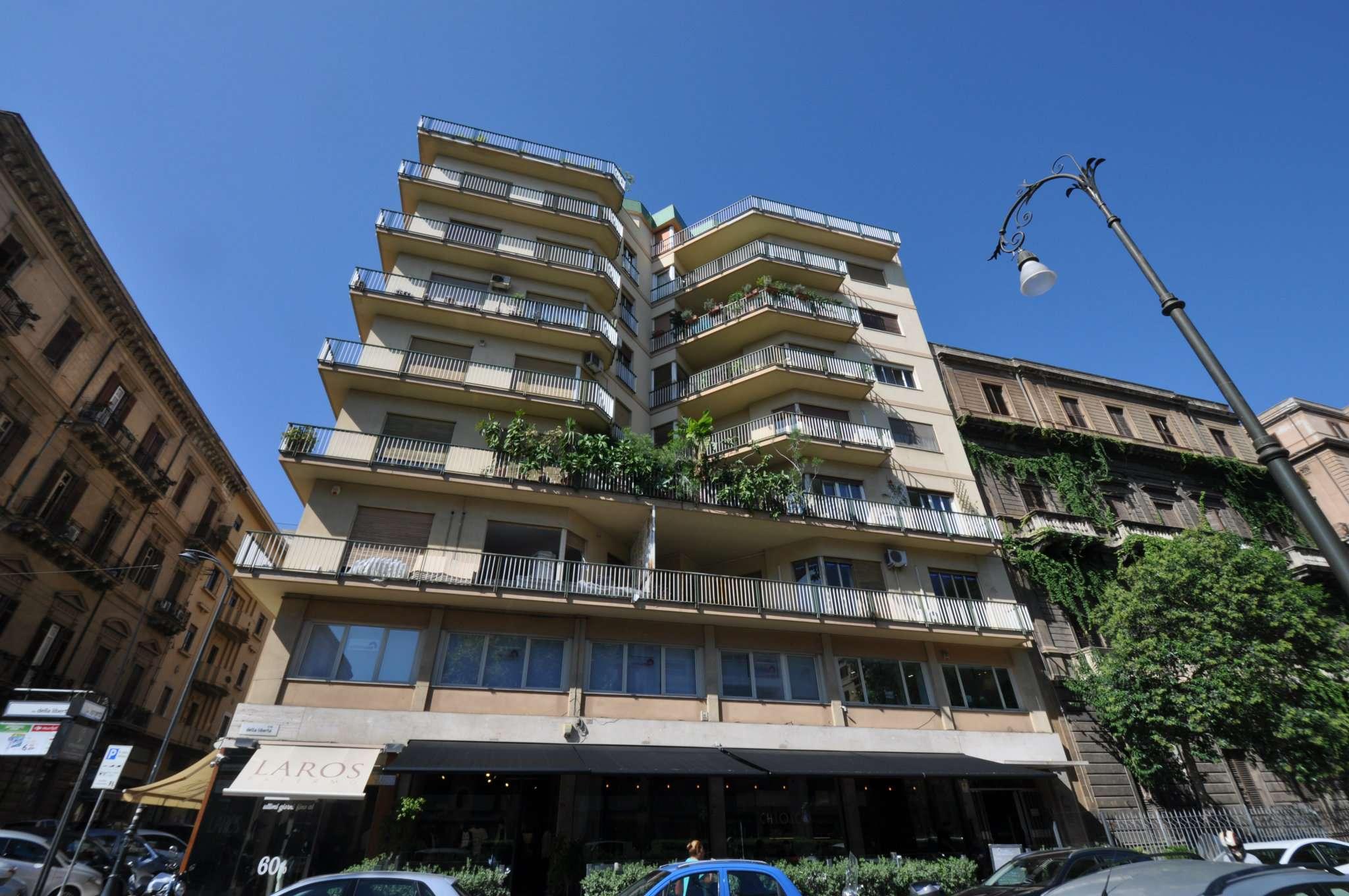 Ufficio-studio in Affitto a Palermo: 5 locali, 190 mq