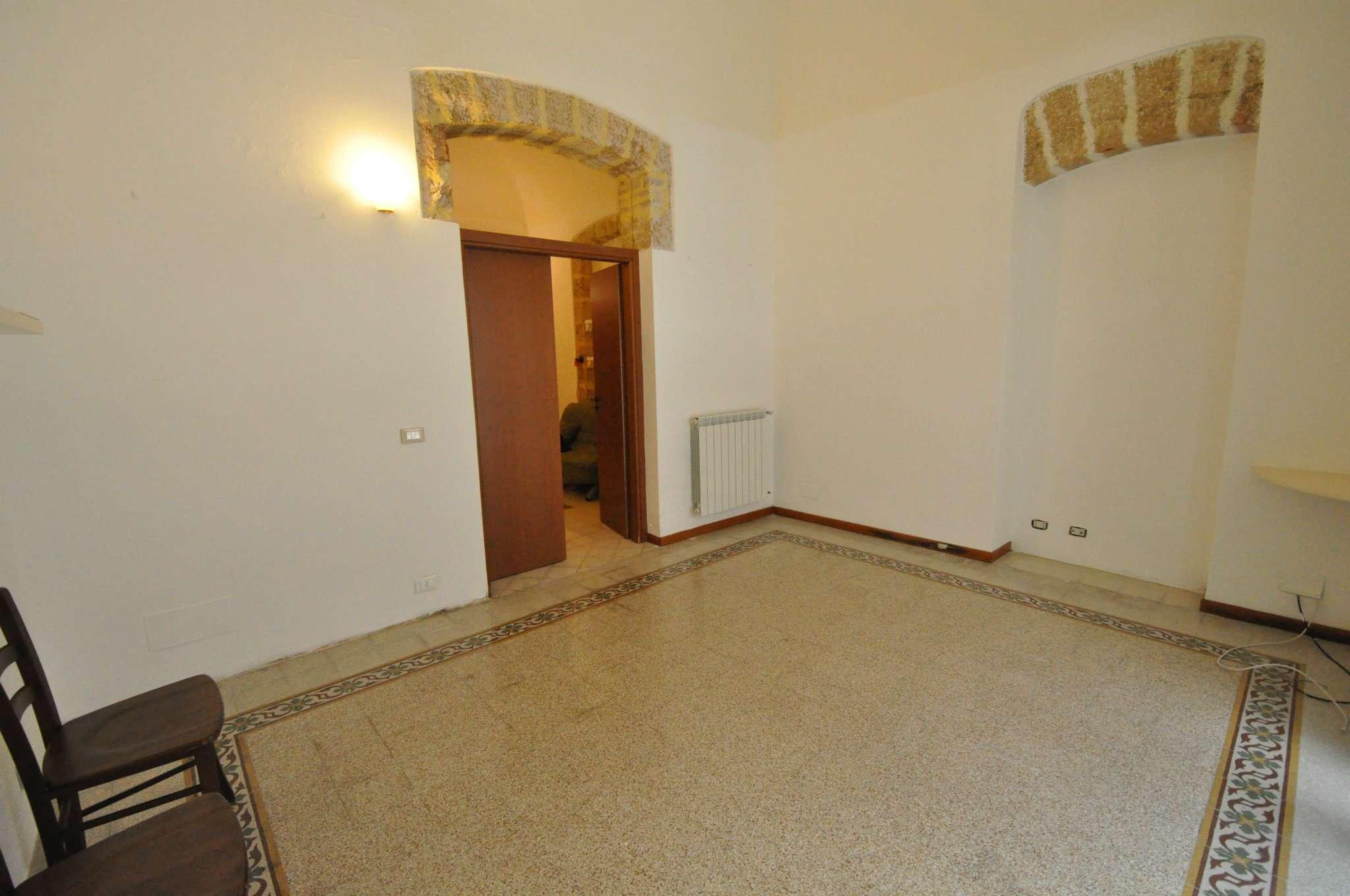 Appartamento in Affitto a Palermo: 2 locali, 60 mq