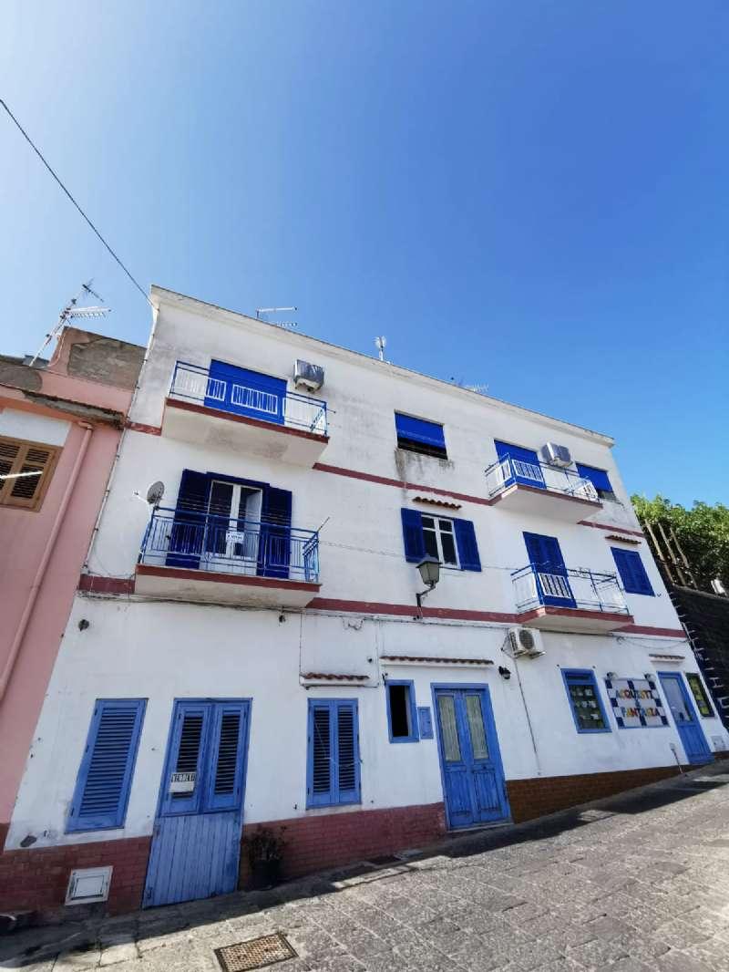Appartamento in Vendita a Ustica:  3 locali, 60 mq  - Foto 1