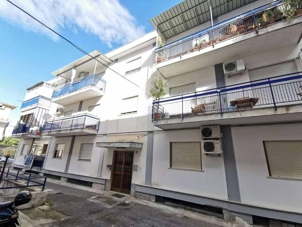 Appartamento in Vendita a Palermo: 4 locali, 130 mq
