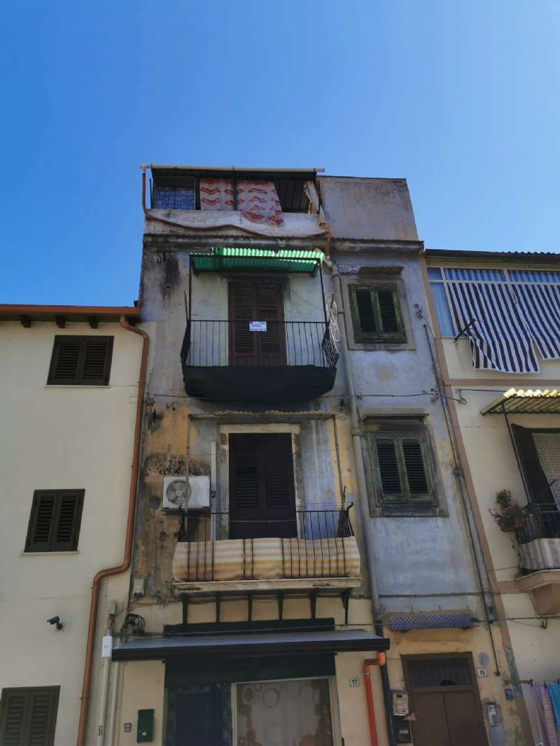 Appartamento in Vendita a Palermo: 2 locali, 40 mq