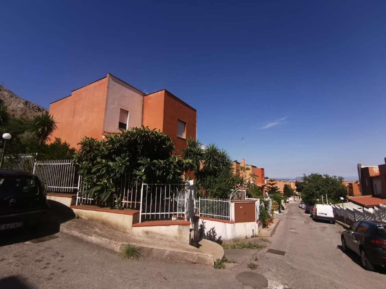 Villa in Vendita a Palermo: 5 locali, 200 mq