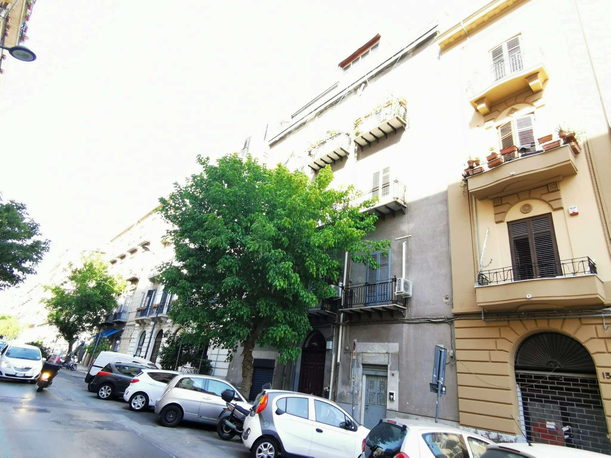 Ufficio-studio in Affitto a Palermo: 3 locali, 80 mq