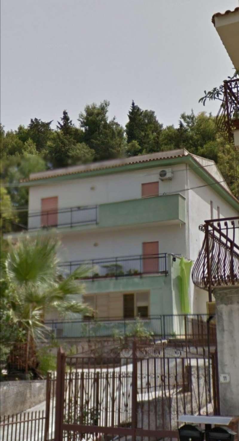 Appartamento in Vendita a Palermo: 3 locali, 118 mq