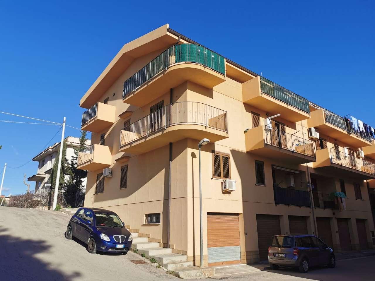 Appartamento in Vendita a Casteldaccia: 3 locali, 108 mq