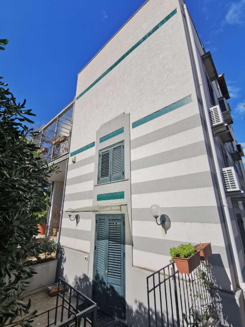 Appartamento in Affitto a Palermo: 3 locali, 96 mq