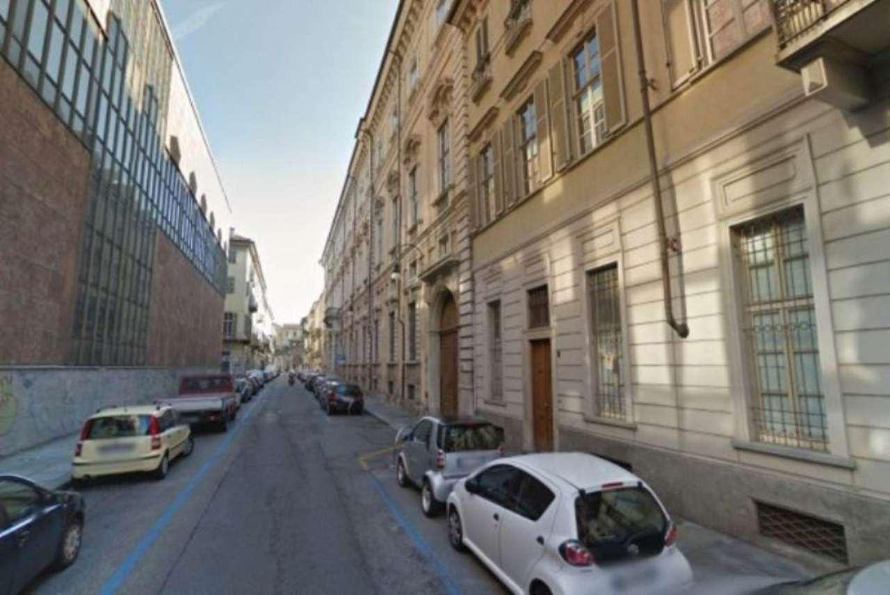 Box / Garage in vendita a Torino, 1 locali, zona Zona: 1 . Centro, Quadrilatero Romano, Repubblica, Giardini Reali, prezzo € 18.000   Cambio Casa.it
