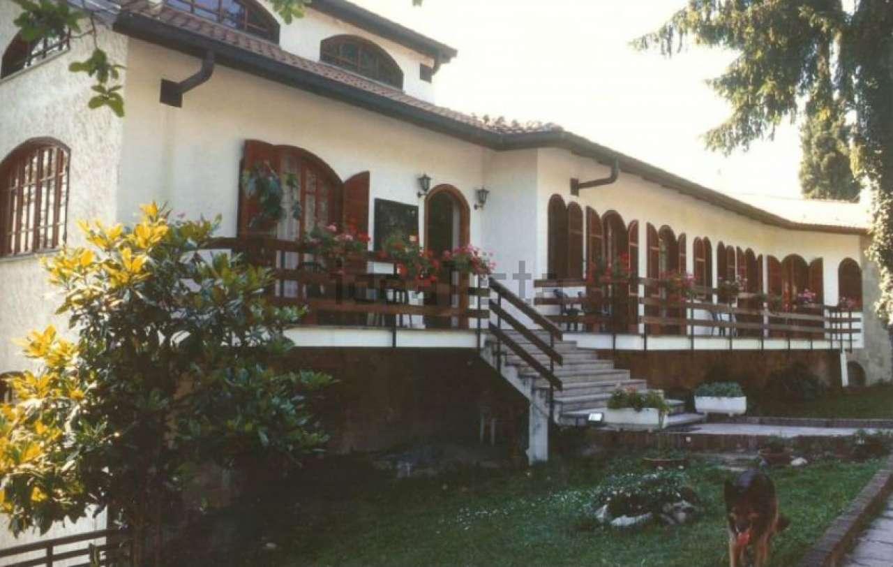 Soluzione Indipendente in vendita a Montiglio Monferrato, 20 locali, prezzo € 390.000 | CambioCasa.it