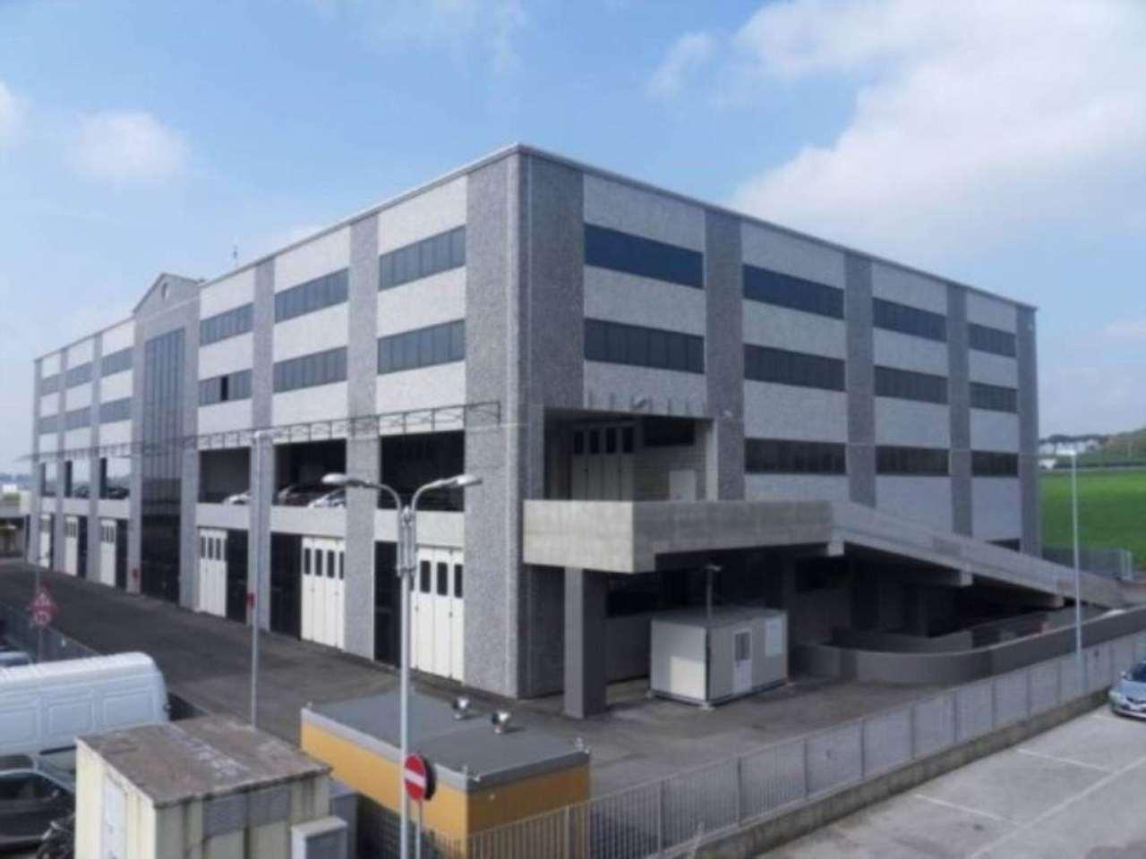 Altri immobili commerciali in affitto a guidonia montecelio for Immobili commerciali affitto roma