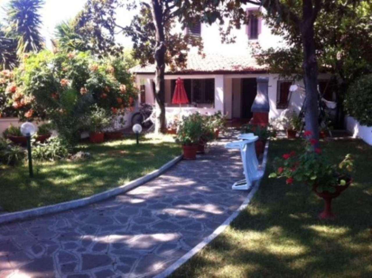 Villa in vendita a Cerveteri, 5 locali, prezzo € 250.000 | CambioCasa.it
