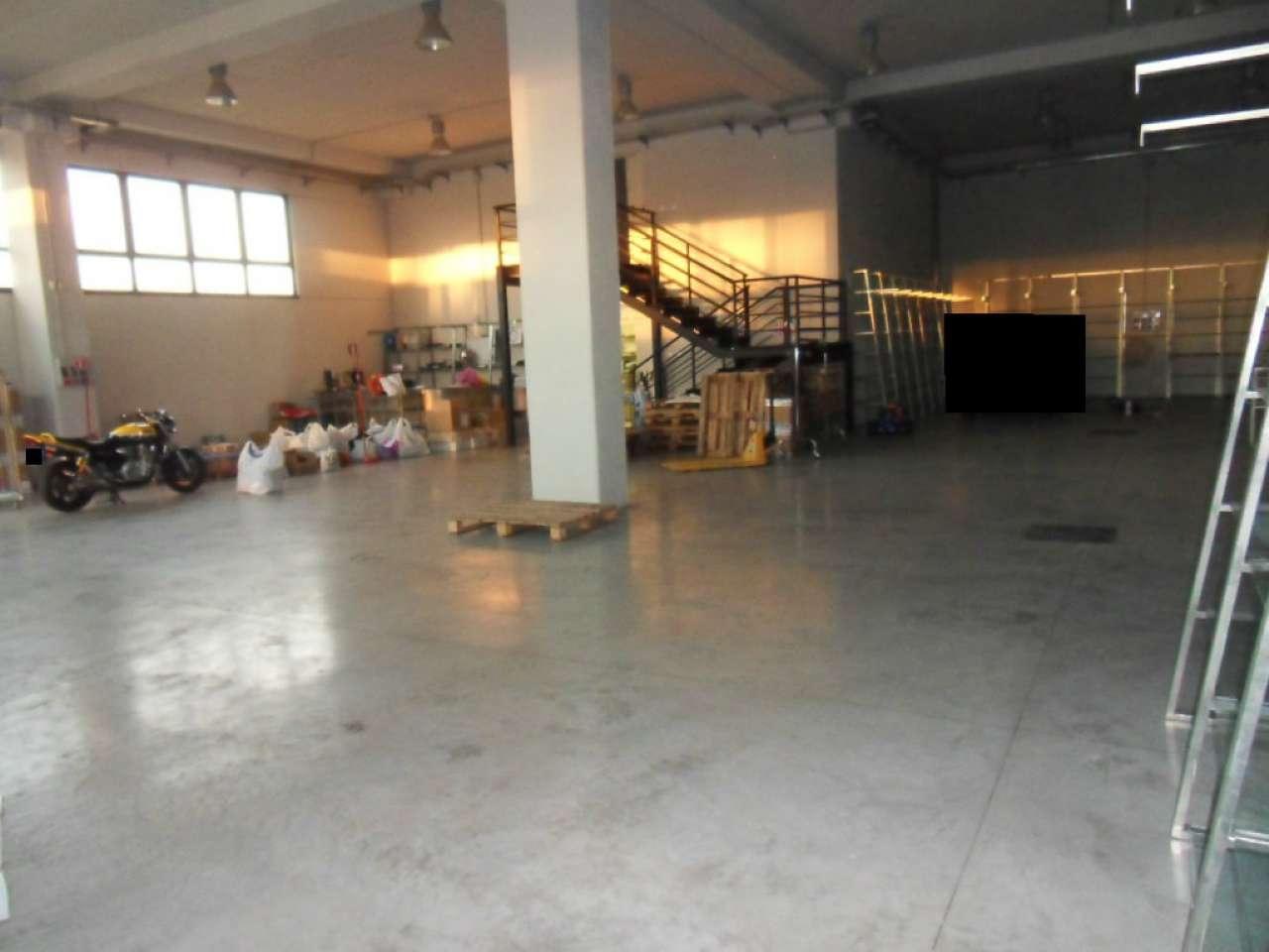 Capannone in affitto a Roma, 1 locali, zona Zona: 8 . Tiburtina, Colli Aniene, Pietrasanta, San Basilio, prezzo € 2.485 | Cambio Casa.it