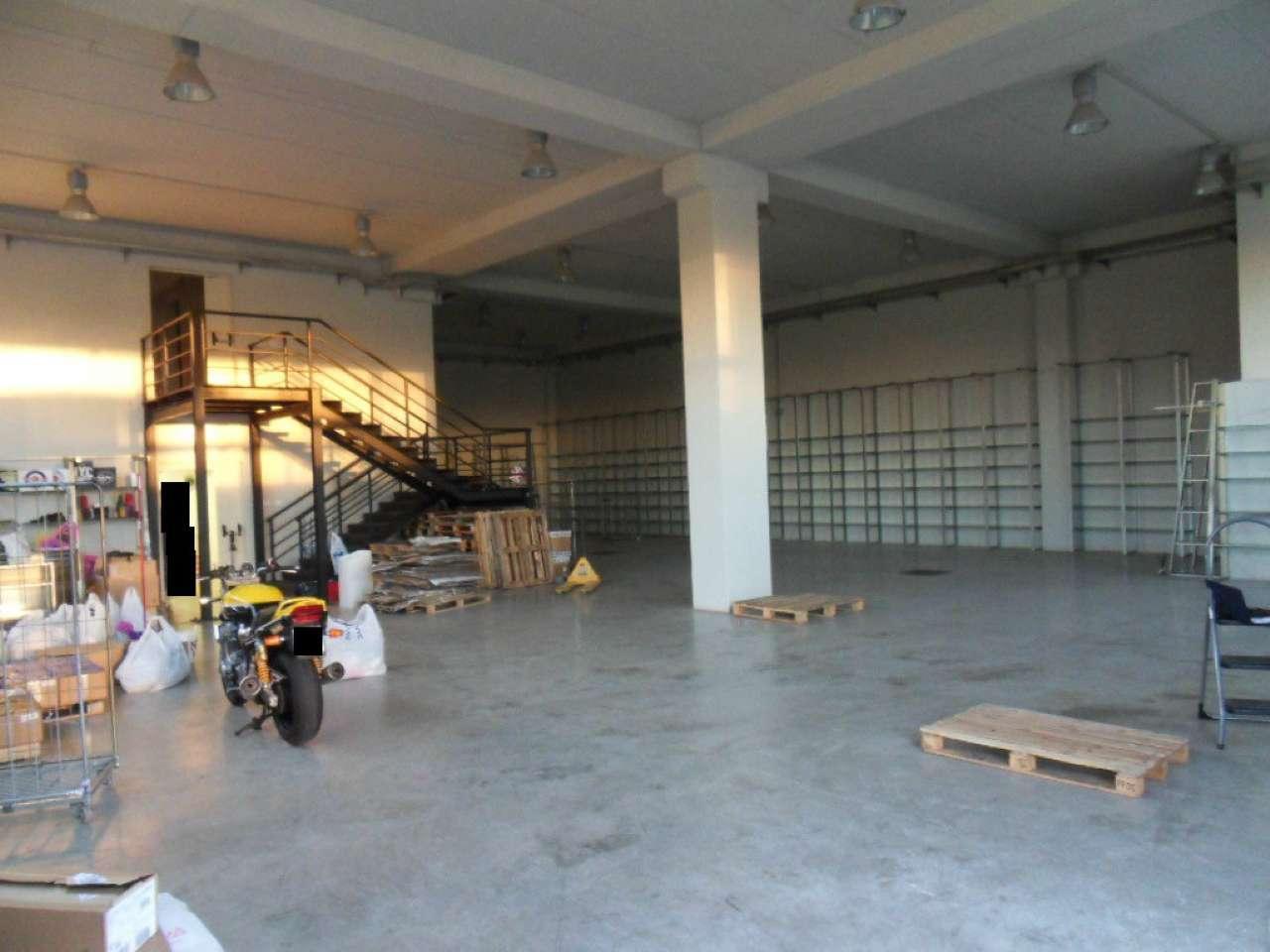 Laboratorio in vendita a Roma, 1 locali, zona Zona: 8 . Tiburtina, Colli Aniene, Pietrasanta, San Basilio, prezzo € 454.000   Cambio Casa.it