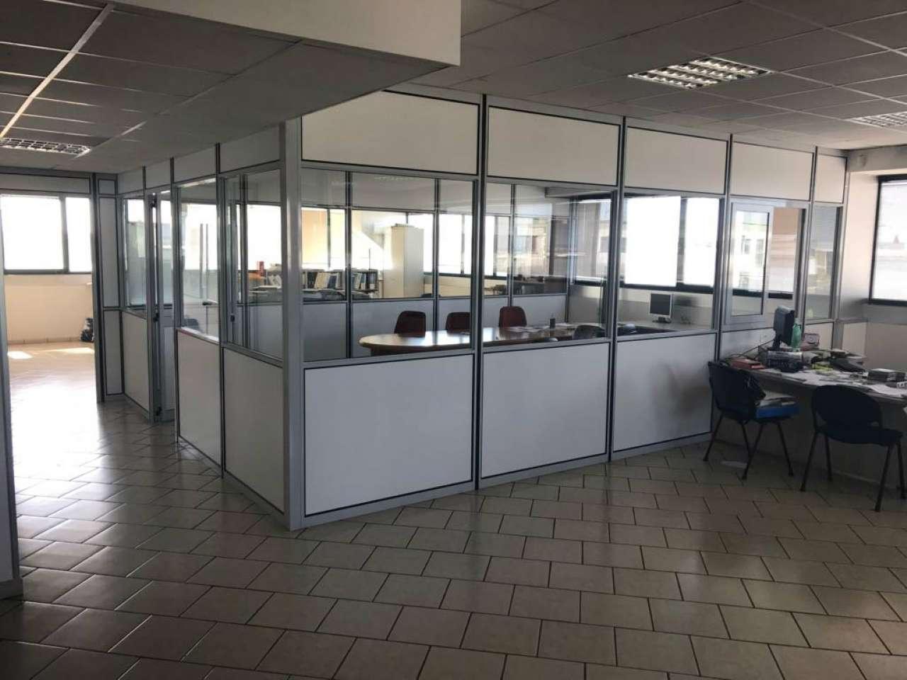 Ufficio / Studio in affitto a Guidonia Montecelio, 1 locali, prezzo € 1.200 | CambioCasa.it