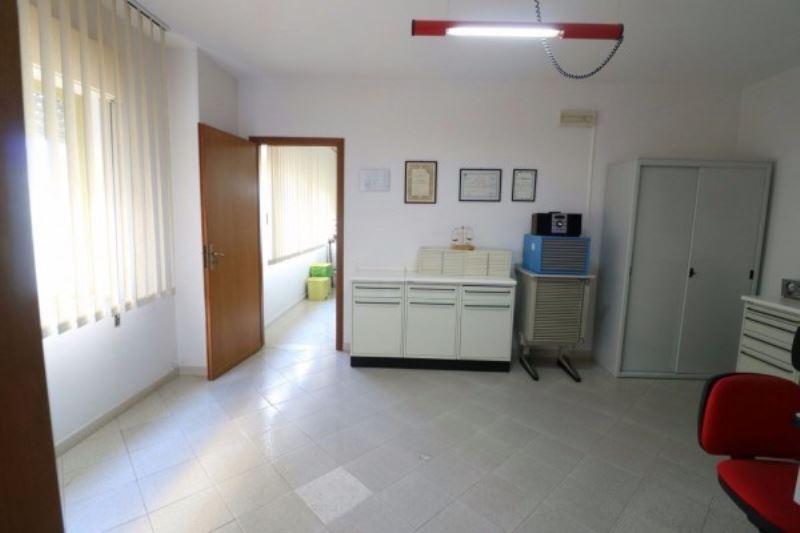 Ufficio / Studio in affitto a Erice, 3 locali, prezzo € 550 | Cambio Casa.it
