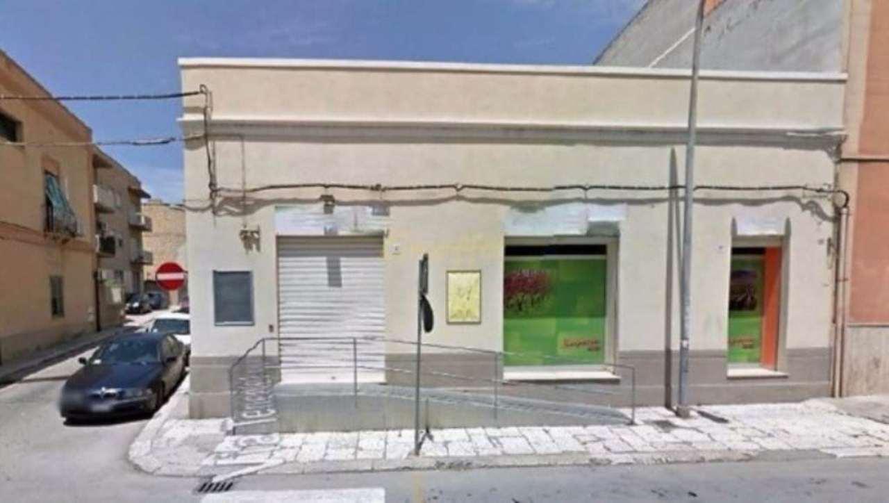 Negozio / Locale in affitto a Erice, 1 locali, prezzo € 1.200 | Cambio Casa.it