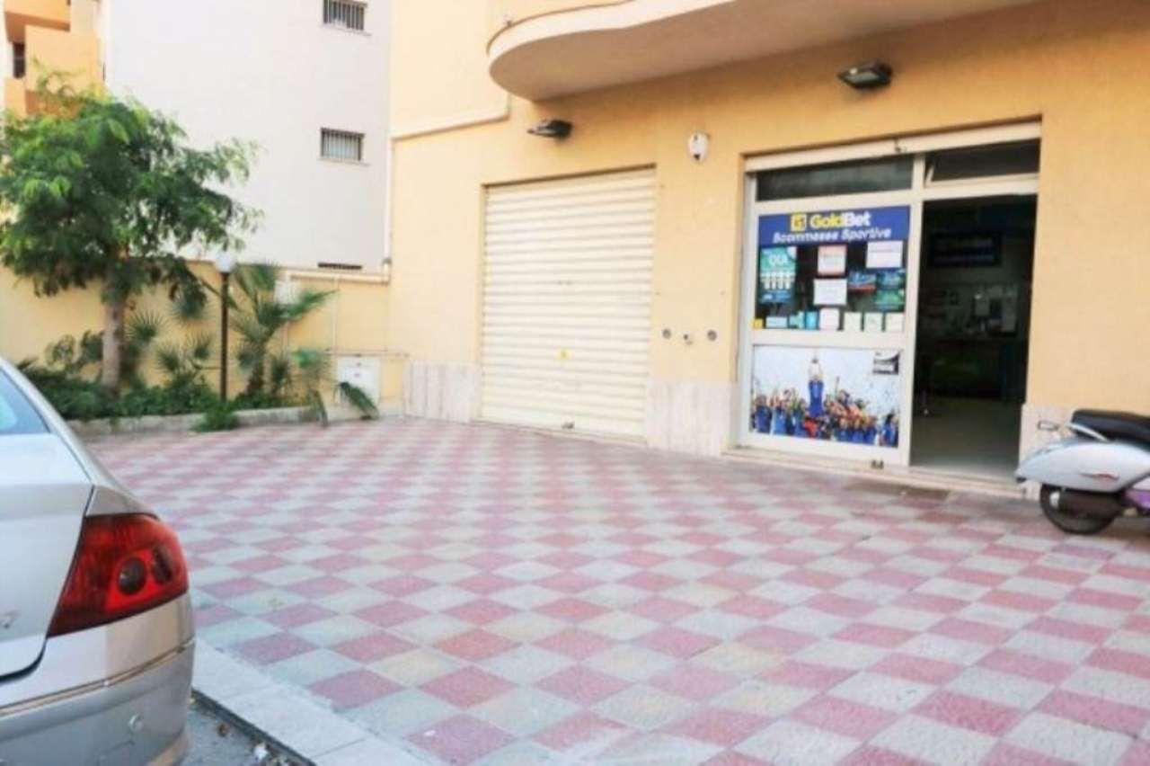 Negozio / Locale in affitto a Erice, 2 locali, prezzo € 780 | Cambio Casa.it