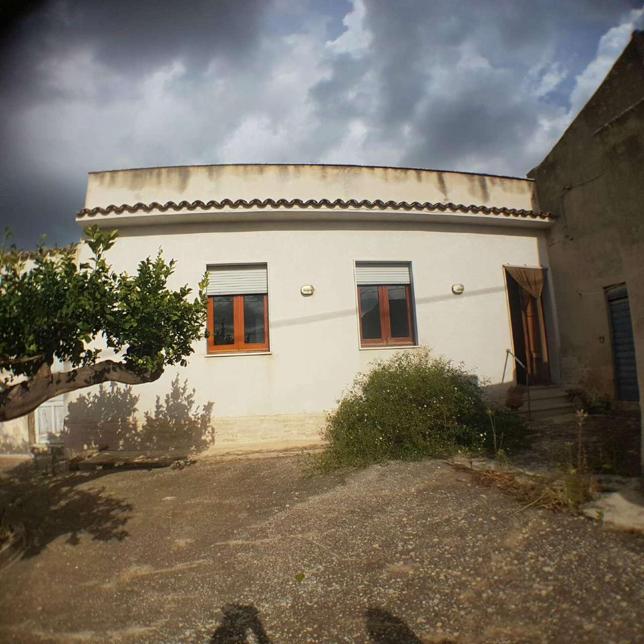 Soluzione Indipendente in affitto a Erice, 6 locali, prezzo € 500 | Cambio Casa.it