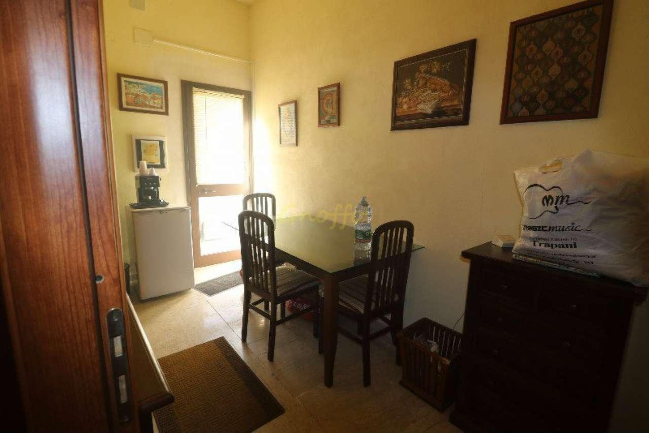 Palazzo / Stabile in vendita a Erice, 2 locali, prezzo € 115.000 | Cambio Casa.it