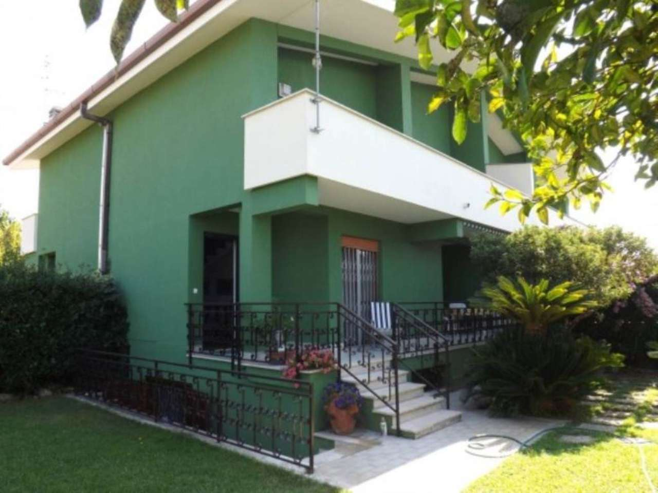 Villa in vendita a Anzio, 4 locali, prezzo € 152.000   Cambio Casa.it