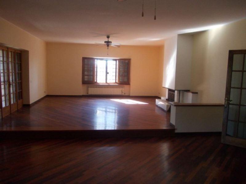Villa in affitto a Formello, 4 locali, prezzo € 1.450 | CambioCasa.it