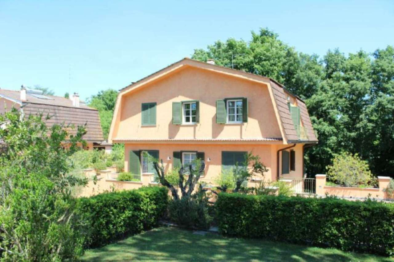 Villa in affitto a Formello, 9 locali, prezzo € 4.900 | Cambio Casa.it