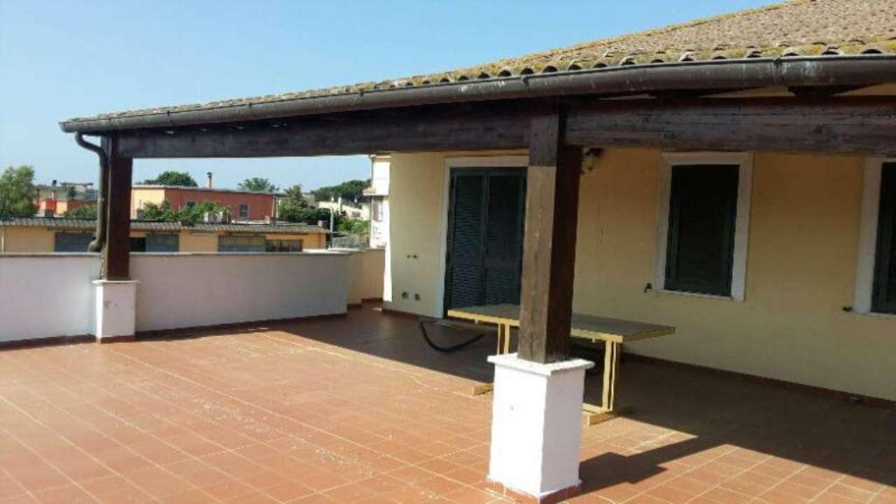 Soluzione Indipendente in vendita a Aprilia, 10 locali, prezzo € 650.000 | Cambio Casa.it
