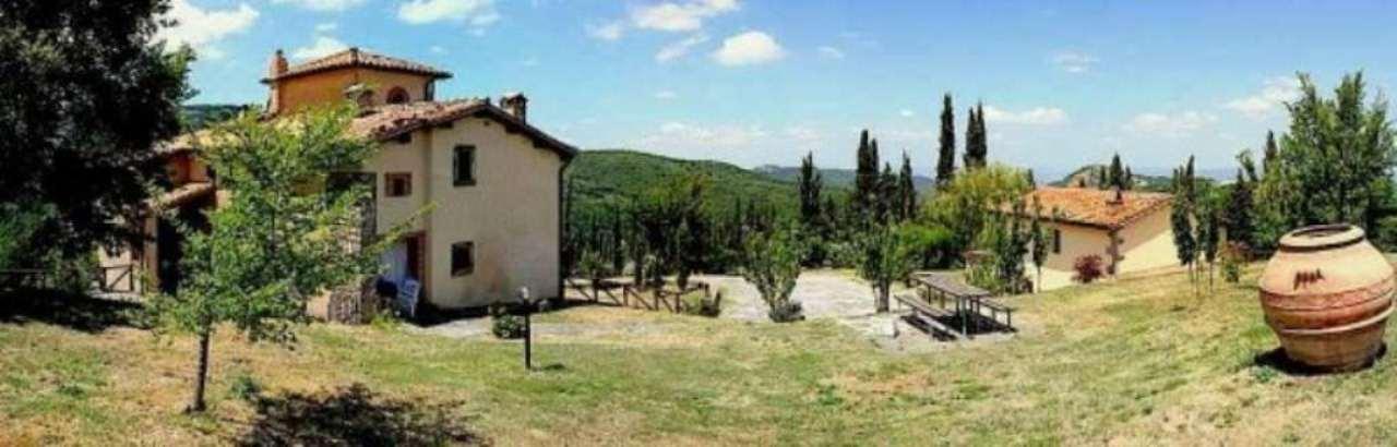 Agriturismo in vendita a Arcidosso, 15 locali, Trattative riservate | Cambio Casa.it