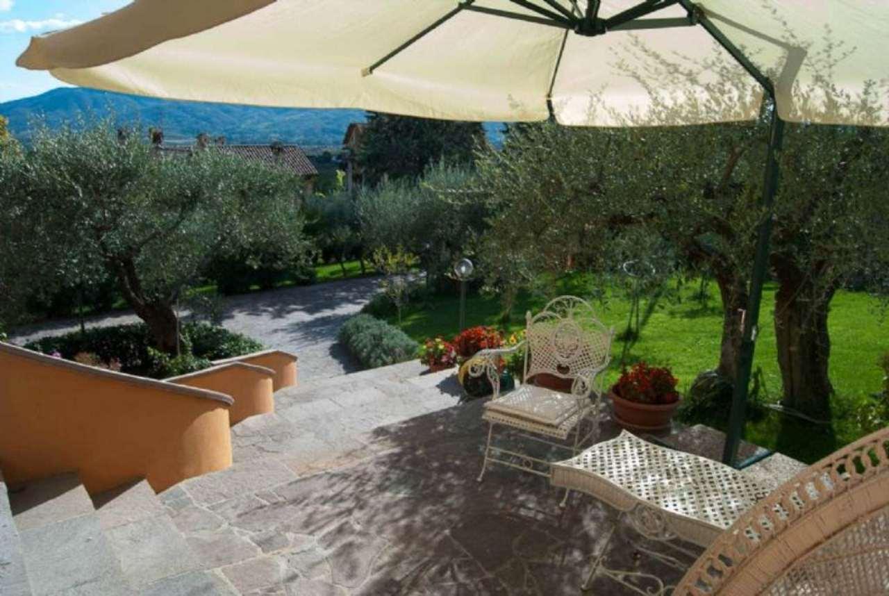 Villa in vendita a Perugia, 12 locali, prezzo € 640.000 | Cambio Casa.it