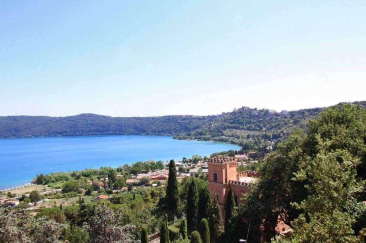 Villa in vendita a Castel Gandolfo, 4 locali, prezzo € 1.100.000 | Cambio Casa.it