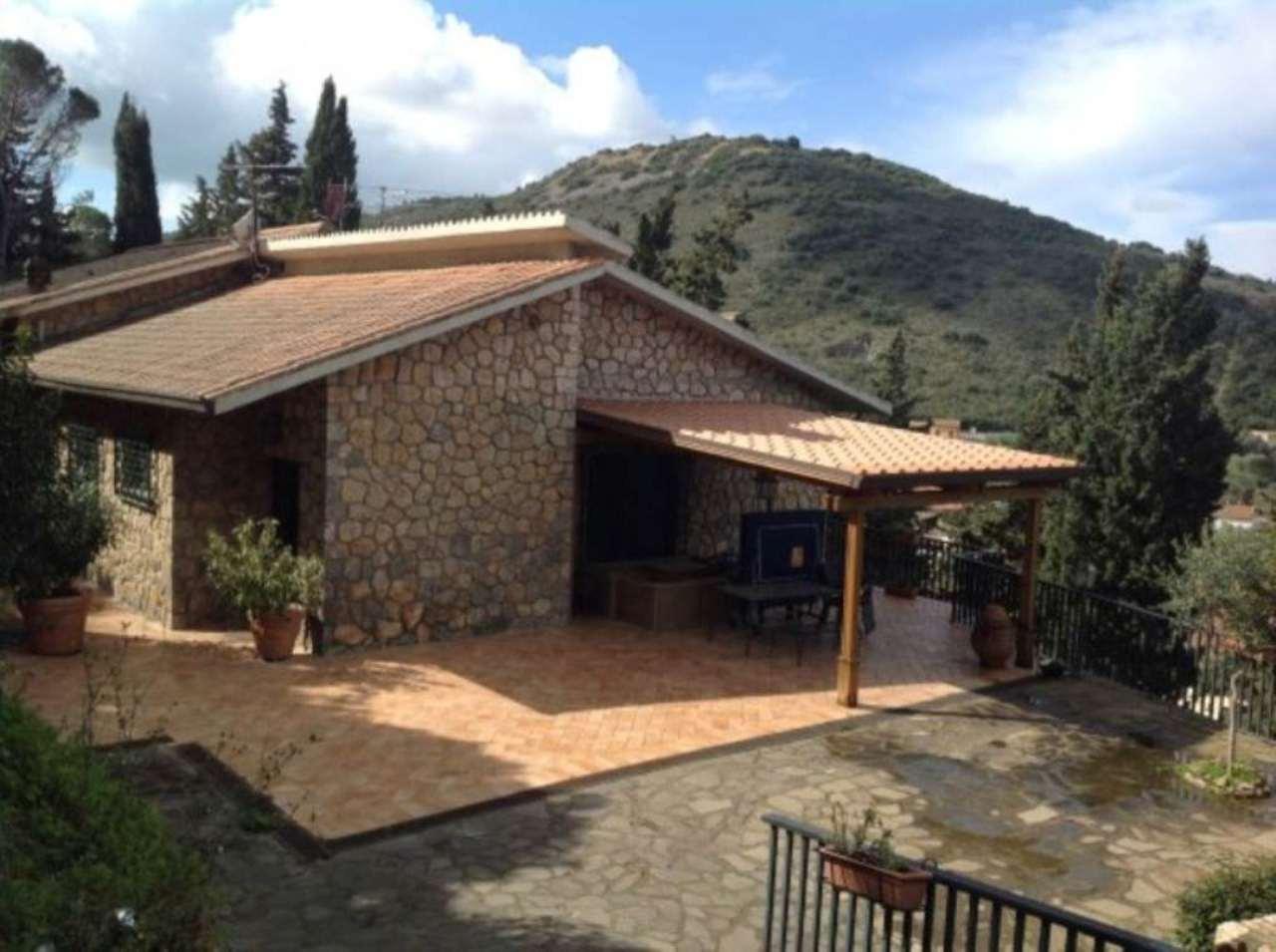 Villa in vendita a Monte Argentario, 8 locali, prezzo € 1.900.000 | Cambio Casa.it