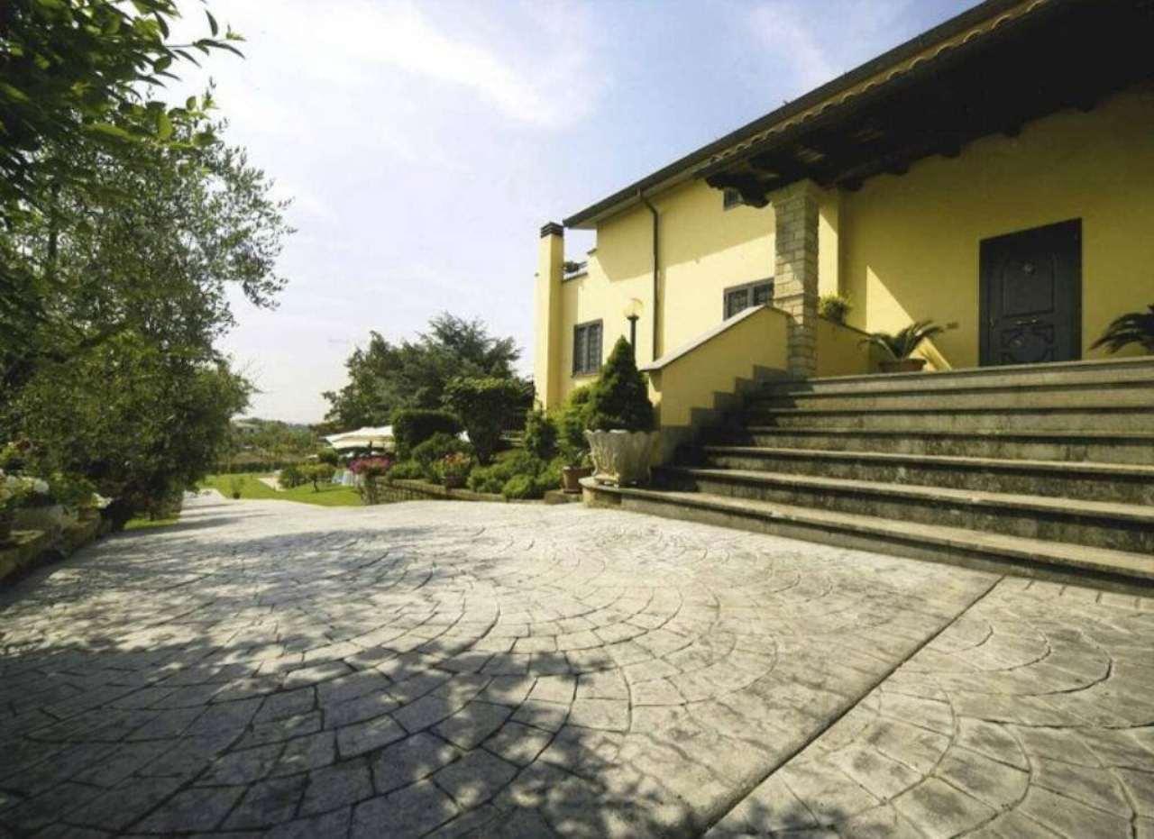 Villa in vendita a Monterosi, 14 locali, prezzo € 990.000 | Cambio Casa.it