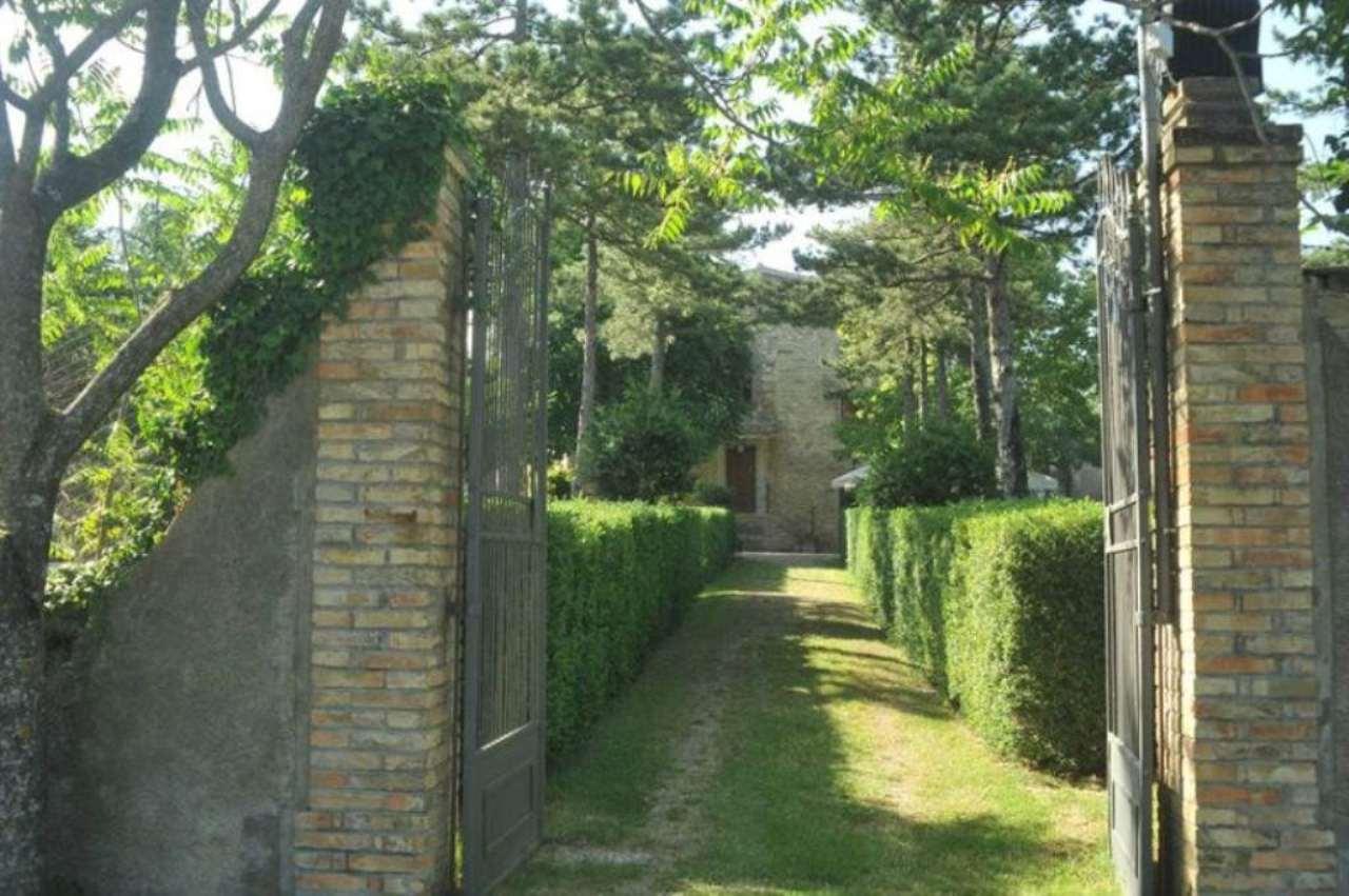 Agriturismo in Vendita a Città di Castello