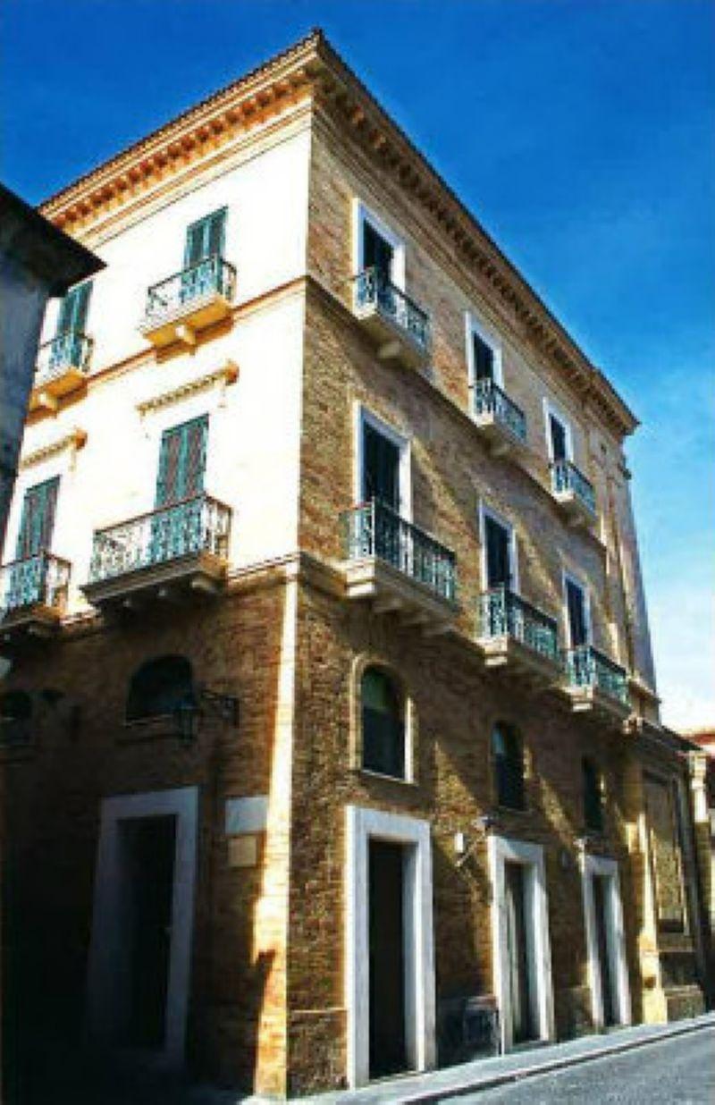 Immobile Commerciale in Vendita a Giulianova