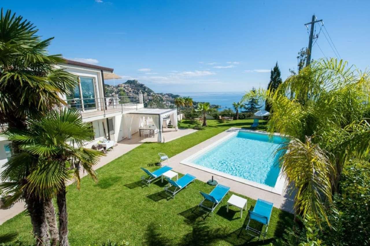 Villa in vendita a Taormina, 8 locali, prezzo € 2.100.000 | Cambio Casa.it