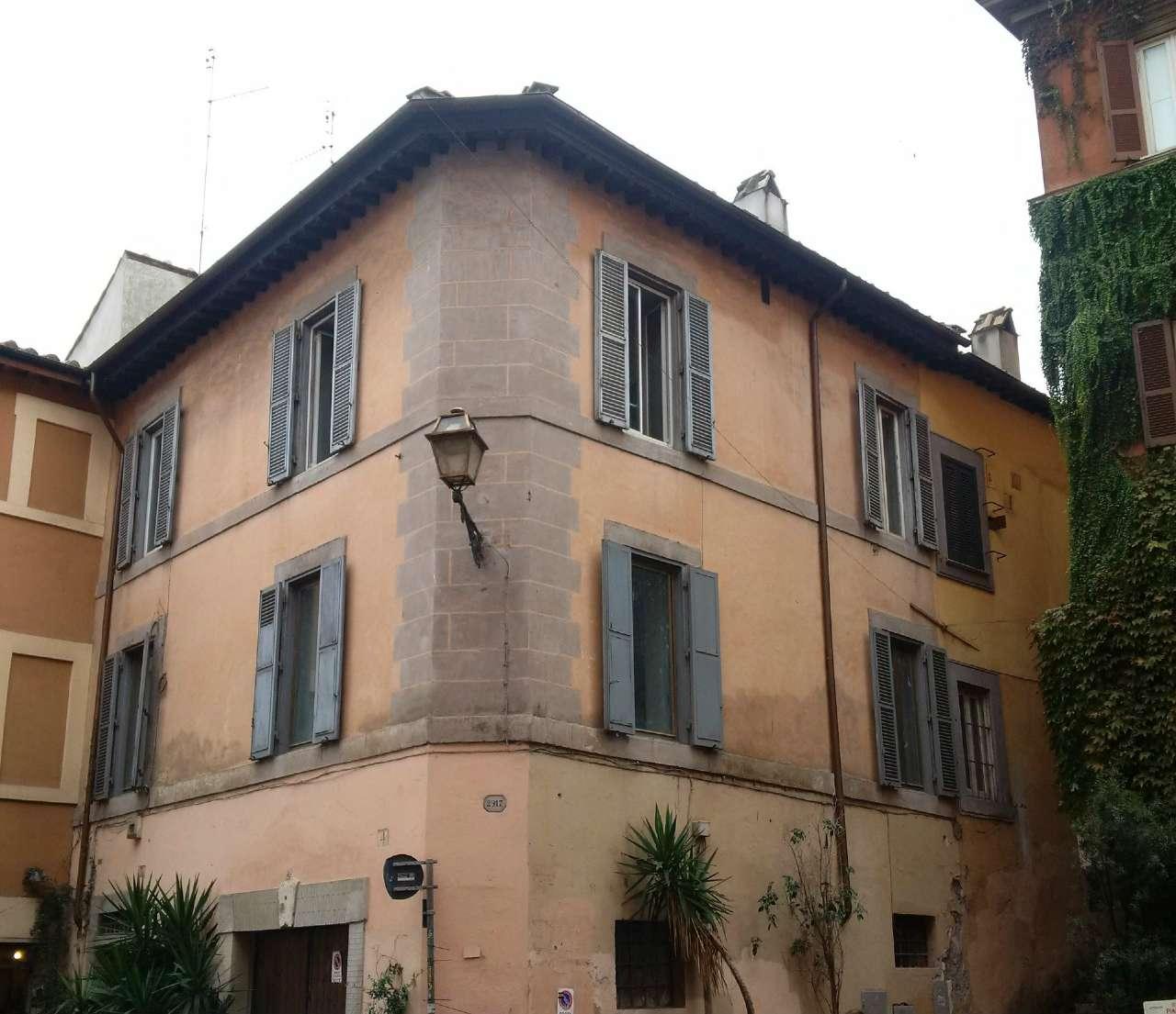 Palazzo / Stabile in vendita a Roma, 10 locali, zona Zona: 25 . Trastevere - Testaccio, prezzo € 4.300.000 | Cambio Casa.it