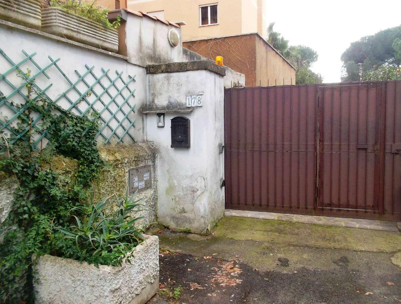 Soluzione Indipendente in vendita a Roma, 4 locali, zona Zona: 24 . Gianicolense - Colli Portuensi - Monteverde, prezzo € 590.000 | Cambio Casa.it