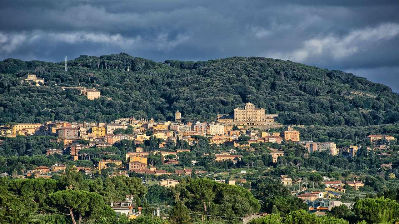 Villa in vendita a Frascati, 12 locali, prezzo € 2.600.000   Cambio Casa.it