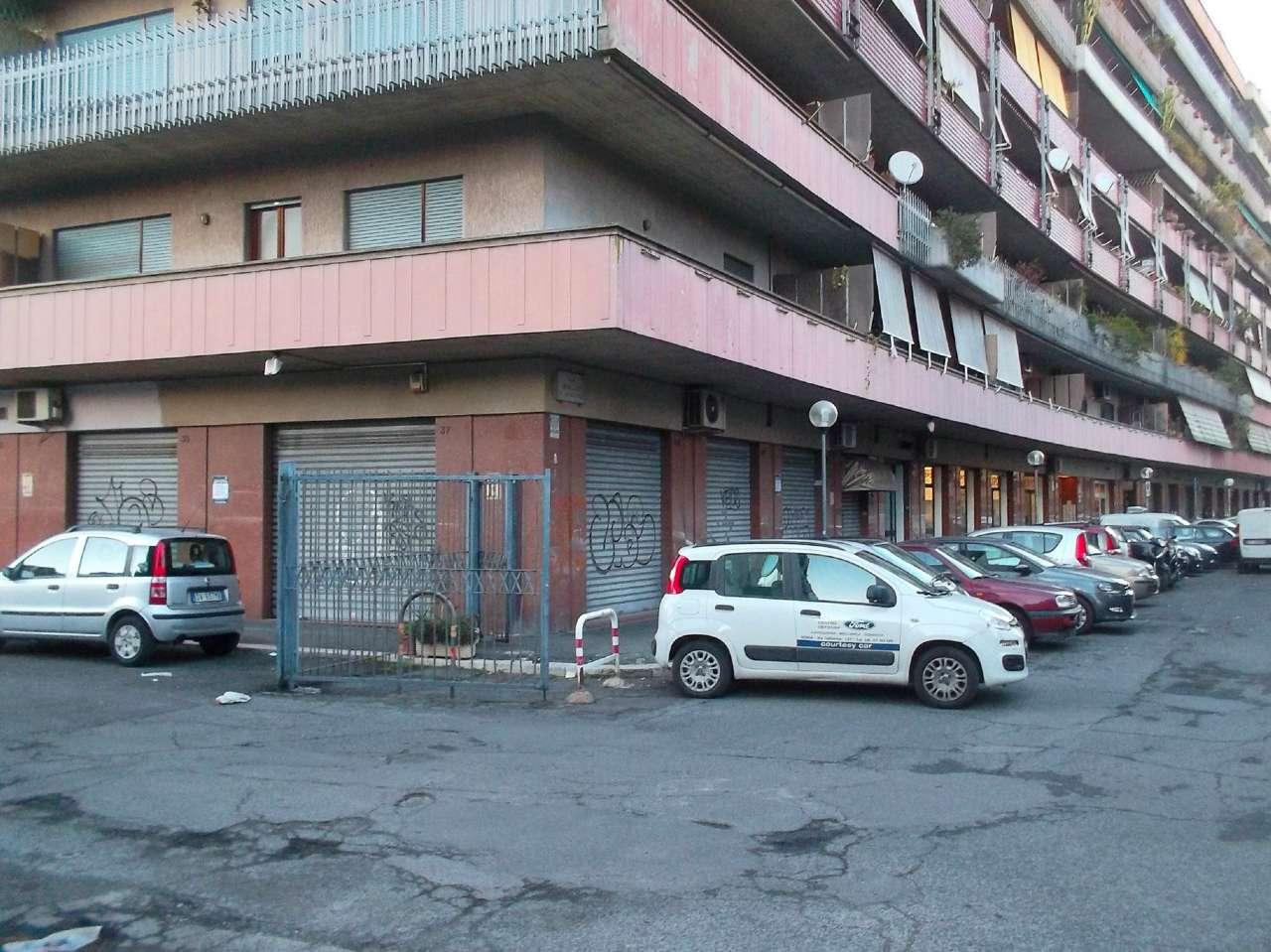 Negozio locale roma affitto 3400 euro zona 25 19 01 2017 for Cerco locale in affitto a roma