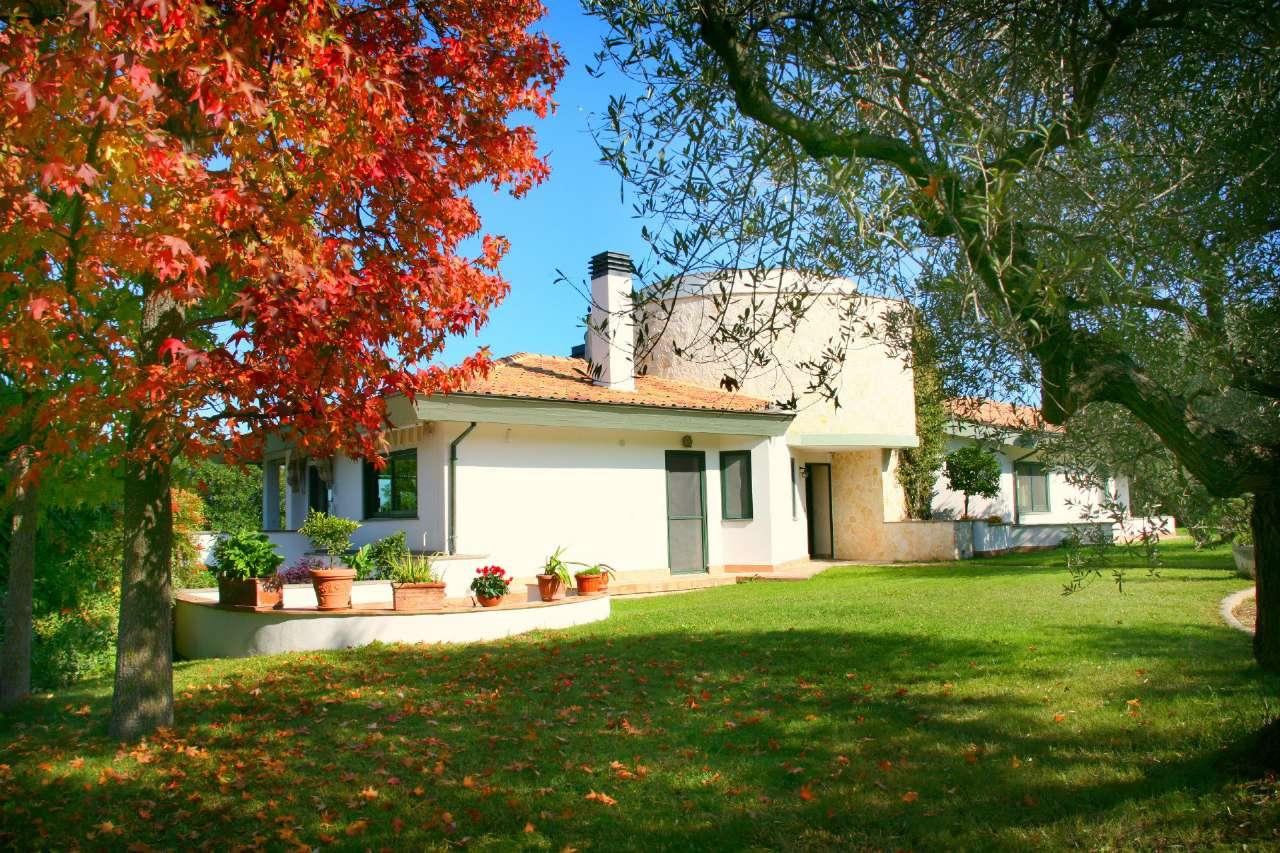 Villa in vendita a Francavilla al Mare, 15 locali, prezzo € 970.000 | Cambio Casa.it